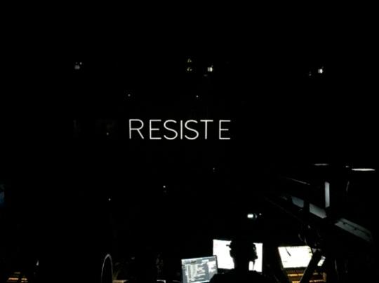 resiste-2